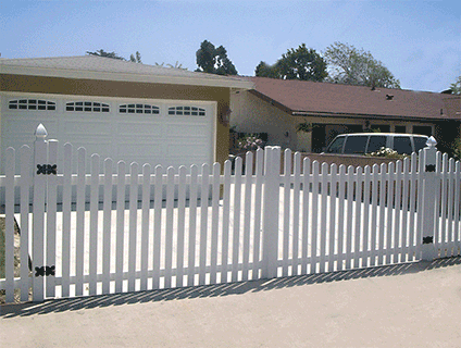 Fine Vinyl Fence Driveway Gate Wing Gates And Design Inspiration