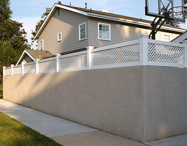 Block Wall with Lattice Extentions - Privacy extensions